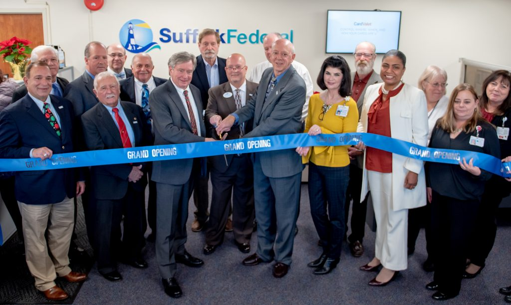 Picture of the group cutting the ribbon